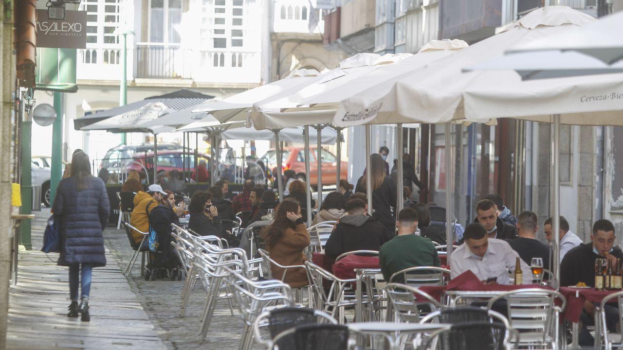 Las terrazas de la plaza Mayor de Lugo también estaban repletas.Los locales de las calles ferrolanas también notaron la afluencia de clientes durante este fin de semana