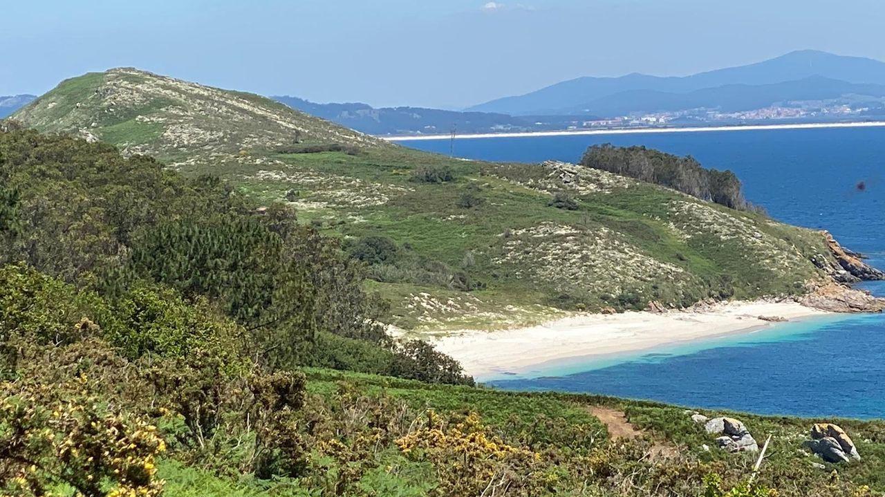 Vista de la isla de Ons, la favorita de Marta Larralde