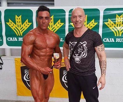 Luis Pablo, a la izquierda, con su entrenador, Alejandro Caride
