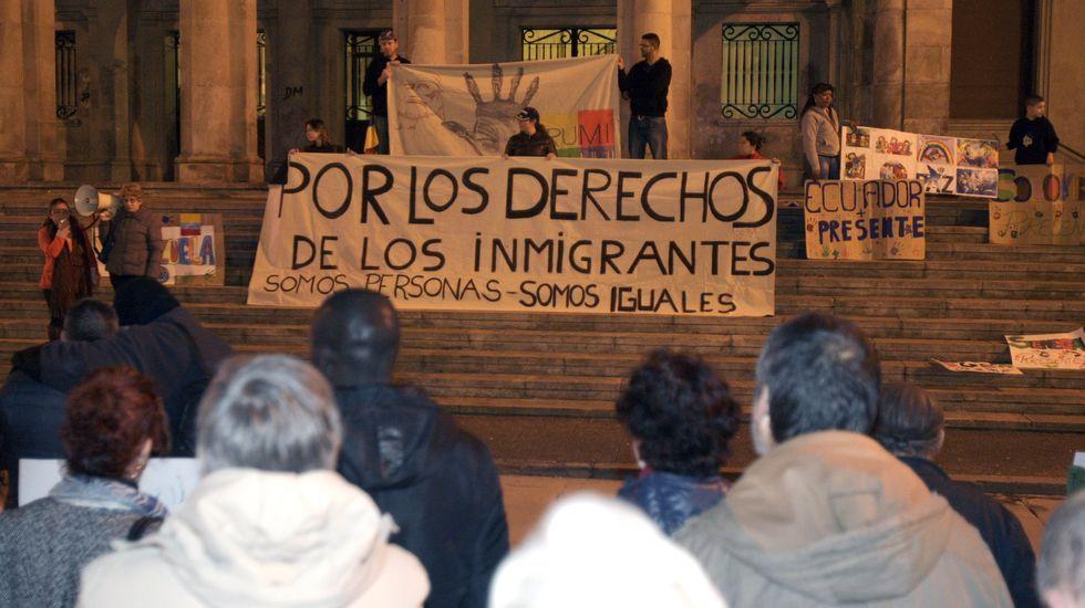 Imagen de archivo de una manifestación en Ferrol en favor de la inmigración