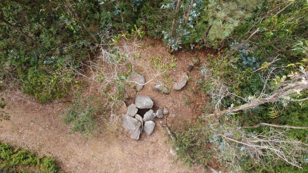 Vista aérea del dolmen de Pedra da Lebre