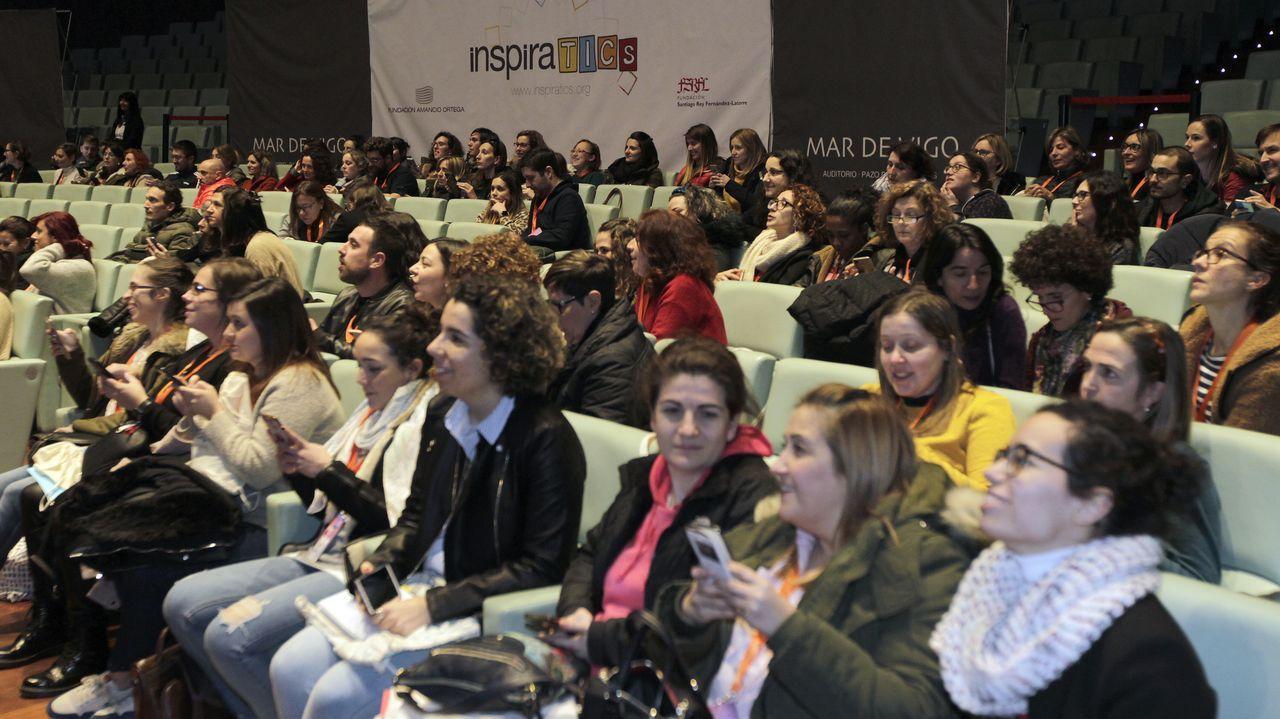 Desayuno informativo de Feijoo con colectivos sociales, empresarios y militantes del PP
