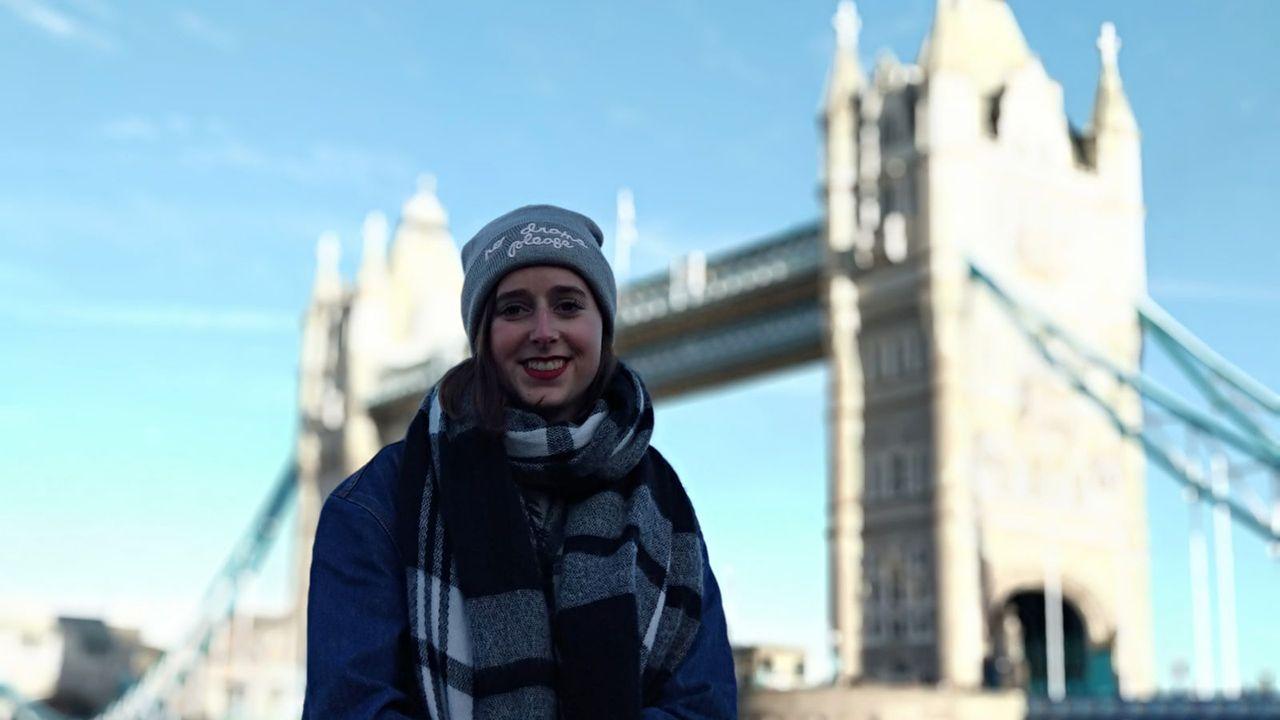 Eva Blanco, natural de Puerto de Vega, vive actualmente en Horsham, un pueblo a unos 50 minutos al sur de Londres