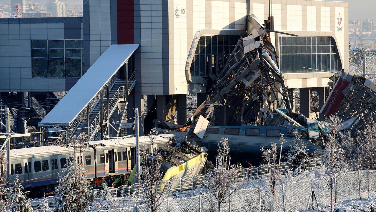 Accidente ferroviario en Turquia