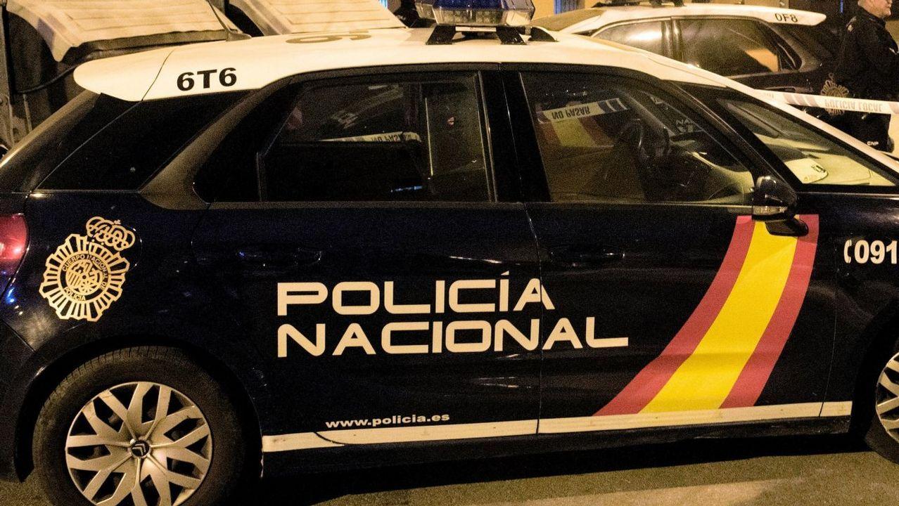 Quema el coche de su pareja y muere atropellado en la autopista.Comisaría de la Policía Nacional en Gijón