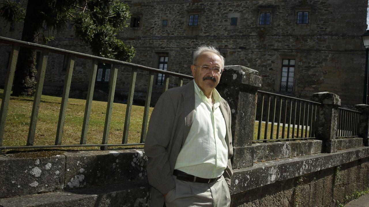 Las imágenes del emotivo homenaje a Desirée.Ramón Villares, retratado en Bonaval