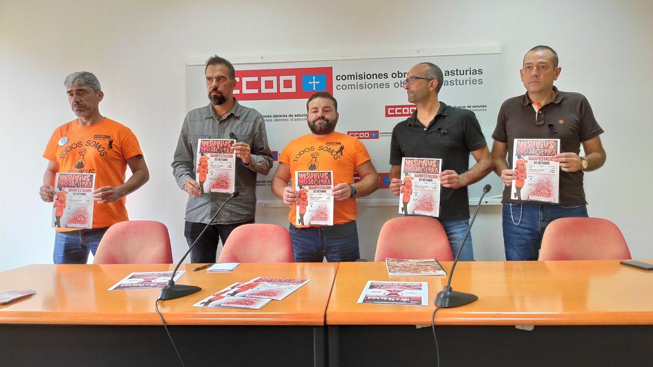 Dentro de la feria Conxemar.Trabajadores de Vesuvius y responsables de CCOO presentan una nueva movilización