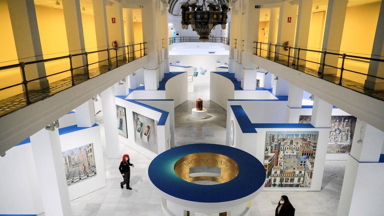 Vista general de la exposición de Guillermo Pérez Villalta «El artista como laberinto», abierta en la madrileña Sala Alcalá 31