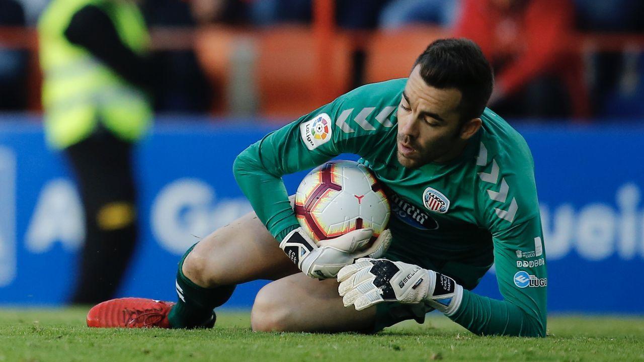 Aficion Real Oviedo Lugo.Marc Gual celebra un gol con el Zaragoza
