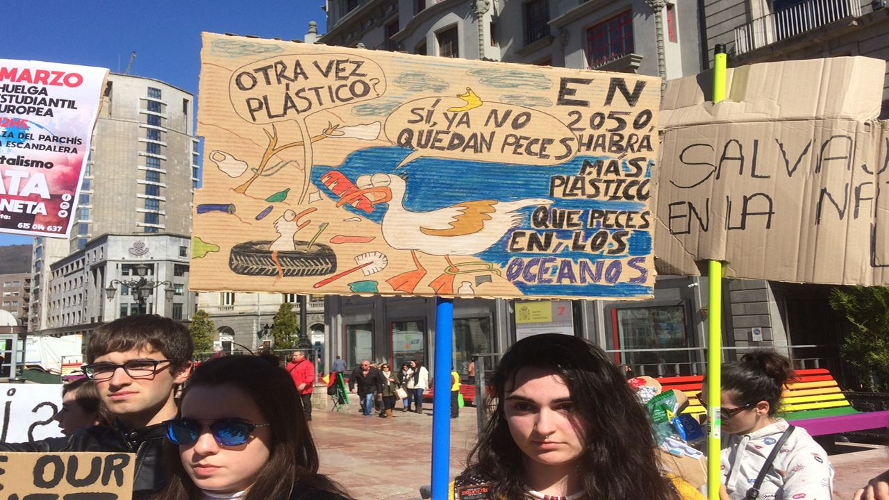 Manifestación por el clima en Gijón.Manifestación por el clima en Oviedo
