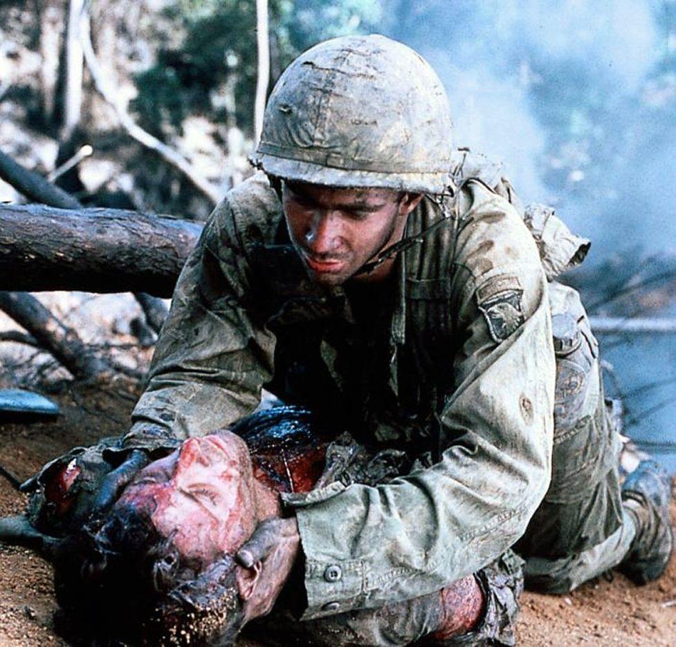 Visita a Filipinas pasada por agua.La cinta de «La colina de la hamburguesa» opta por el realismo y la crudeza y no oculta la cara más sangrienta de la guerra.
