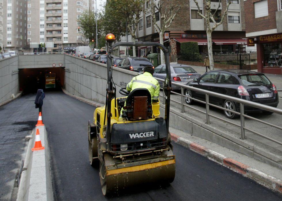 Pleno de diciembre en Vigo.Tras el túnel de la plaza de España, ayer le tocó el turno al de Martínez Garrido.