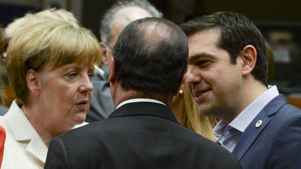 Hollande, entre Tsipras y Merkel hoy en Bruselas