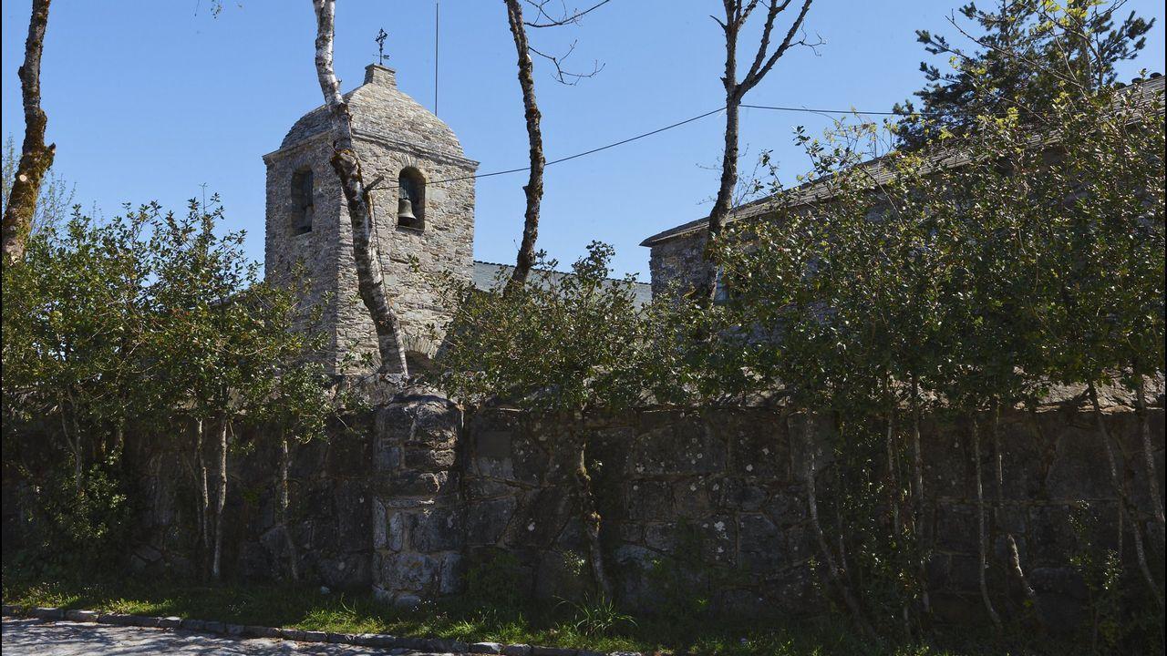 Palacio de Justicia del Principado de Asturias.Santuario de O Cebreiro donde ejerció el fraile durante varios años