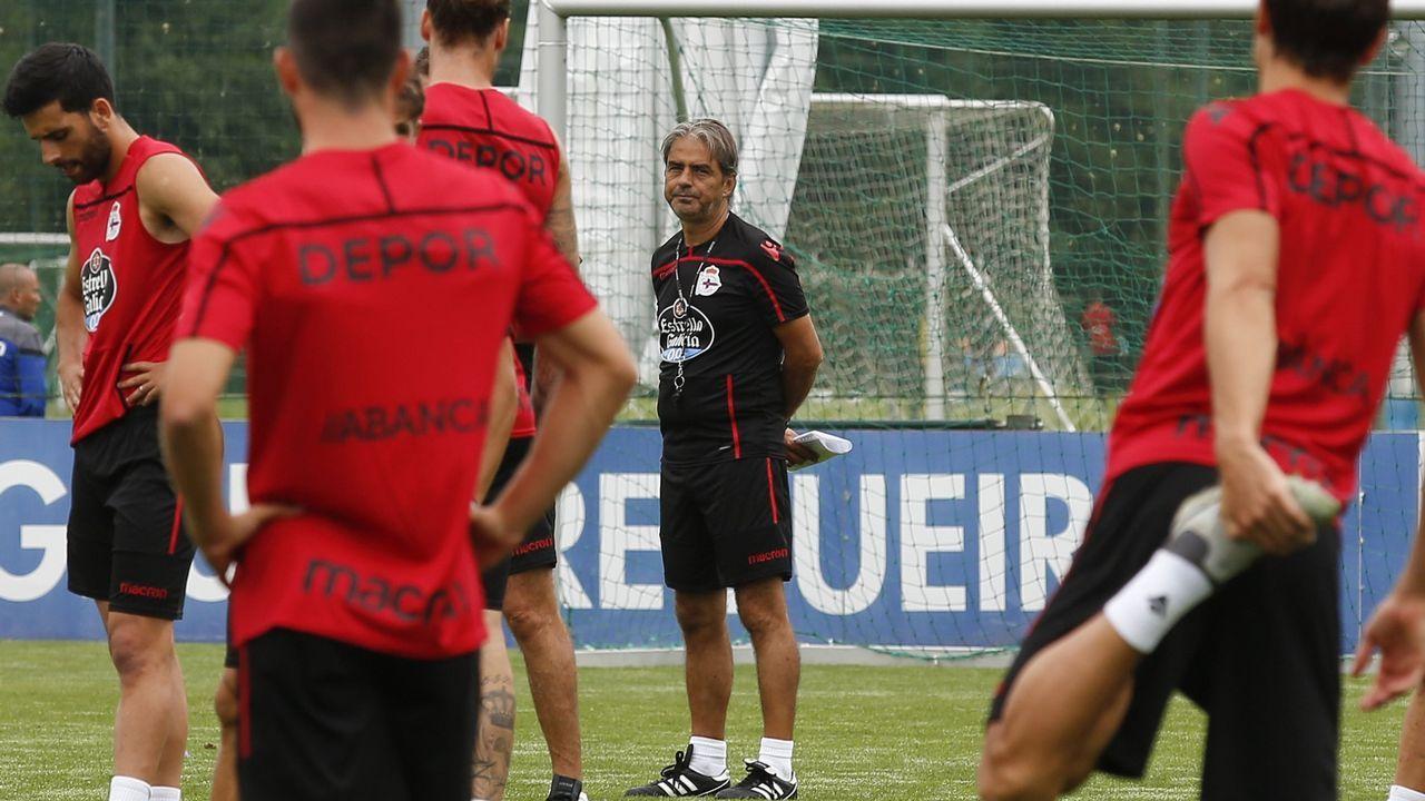 Lo mejor del Granada - Deportivo, en imágenes.Natxo González insiste en que no contempla fichar a un jugador en paro