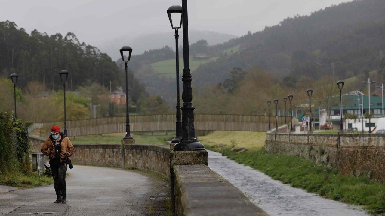 El área recreativa del Noveledo, con su paseo fluvial, uno espacio urbano de gran atractivo