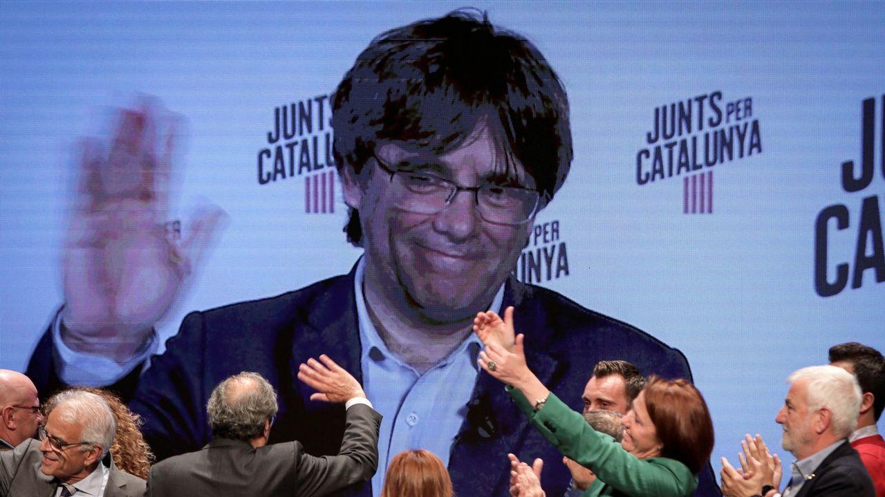 Los candidatos asturianos votan.Pontón dio por hecha la vuelta del BNG al Concello de Vigo