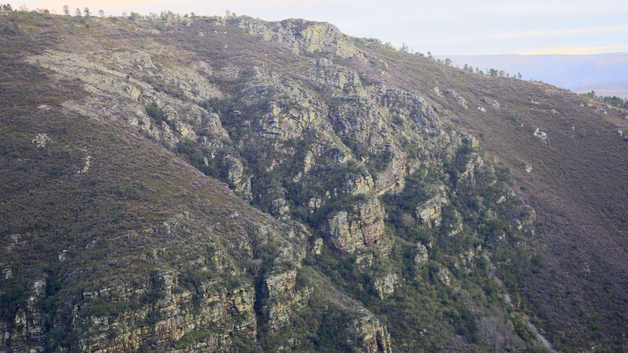 El pliegue geológico de Campodola-Leixazós es uno de los parajes emblemáticos del geoparque Montañas do Courel