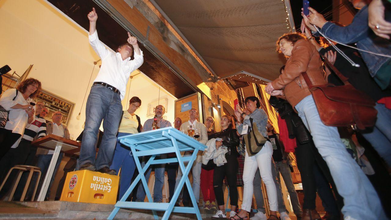 Así fue la operación Octano de la Guardia Civil.Lores celebrando la victoria del BNG en Pontevedra