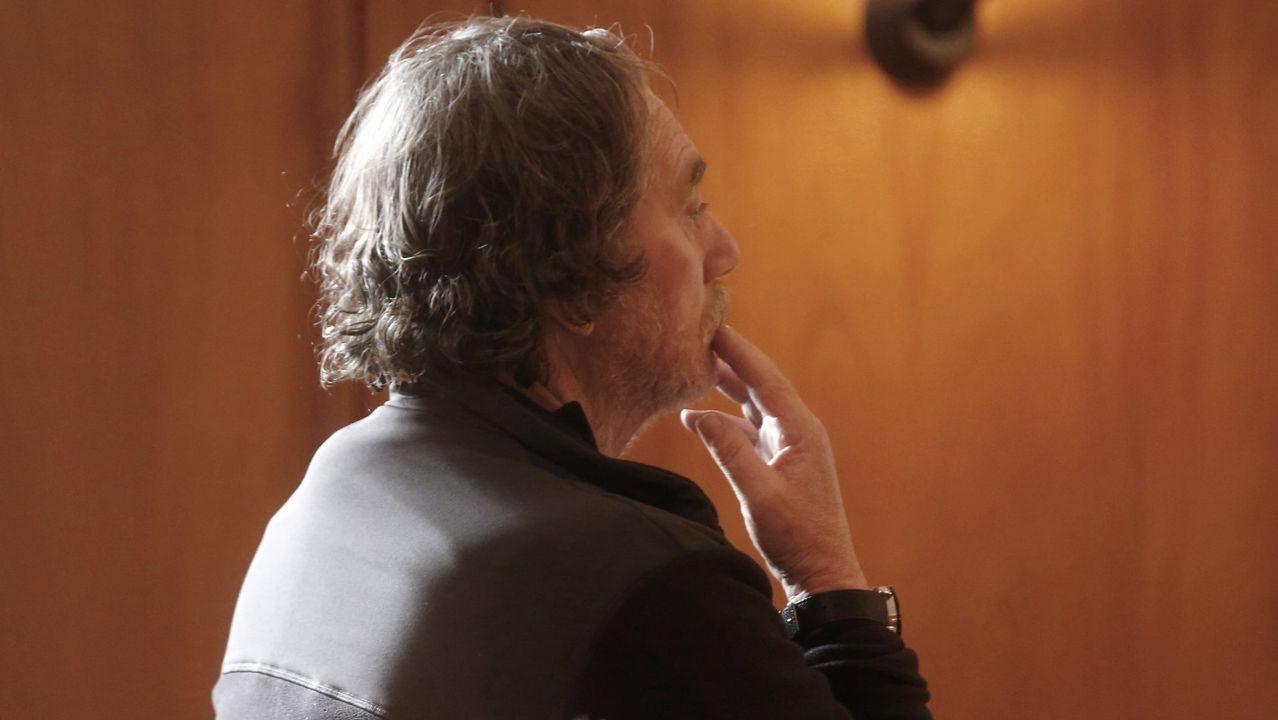 Sito Miñanco declara en la Audiencia Provincial de Pontevedra.Bárcenas se lleva un balón ante Oier
