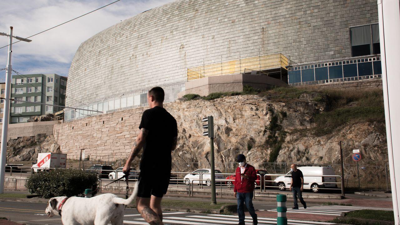 Las imágenes desde el hotel coruñés donde está confinado el Fuenlabrada.El edificio de la Domus cumplió el pasado abril 25 años y se está revisando