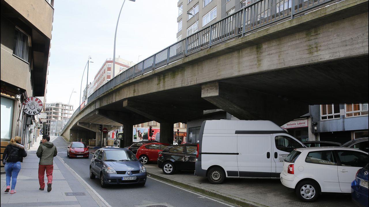 Basura en las calles de A Coruña.Basura acumulada en la ciudad durante el conflicto de la basura.