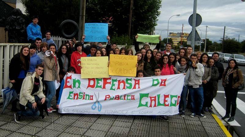 Concentración de alumnos en Sarria