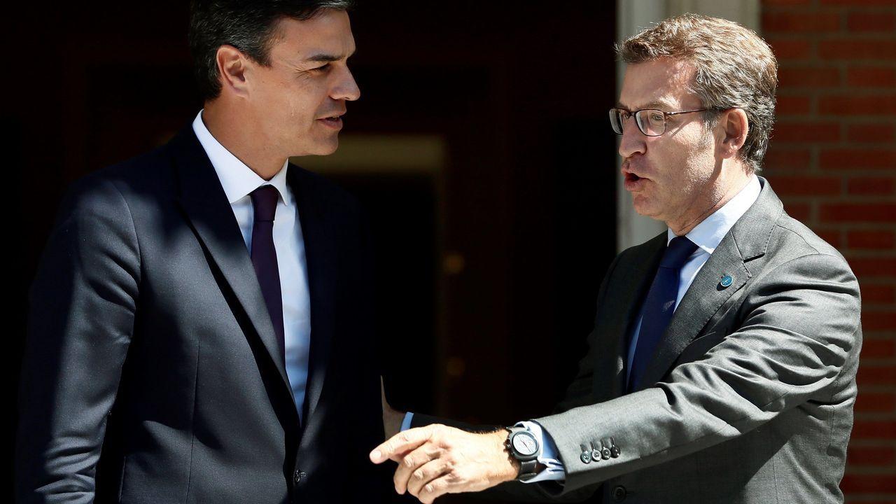 Ambiente familiar en Casas Novas.Pedro Sánchez y Alberto Núñez Feijoo a las puertas de Moncloa
