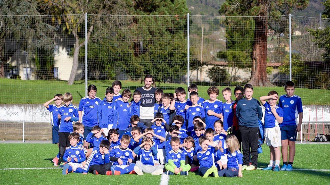 Lucas Ahijado en el Campamento Real Oviedo