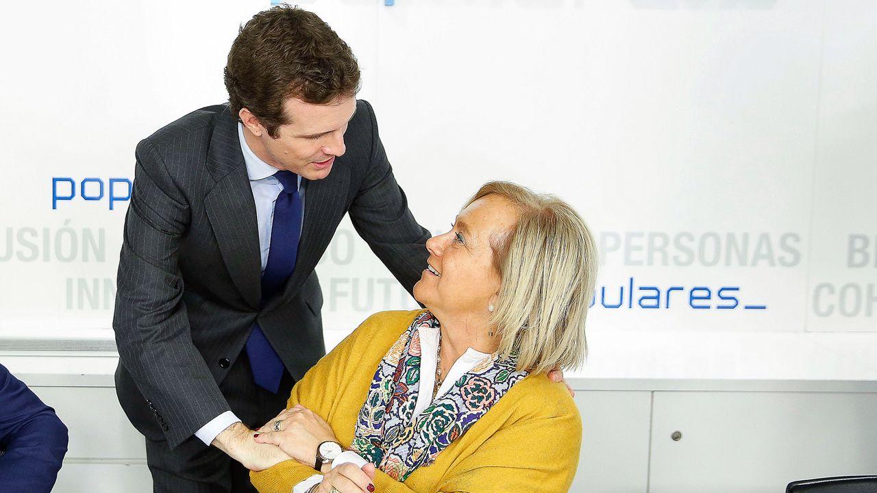 Pablo Casado y Mercedes Fernández