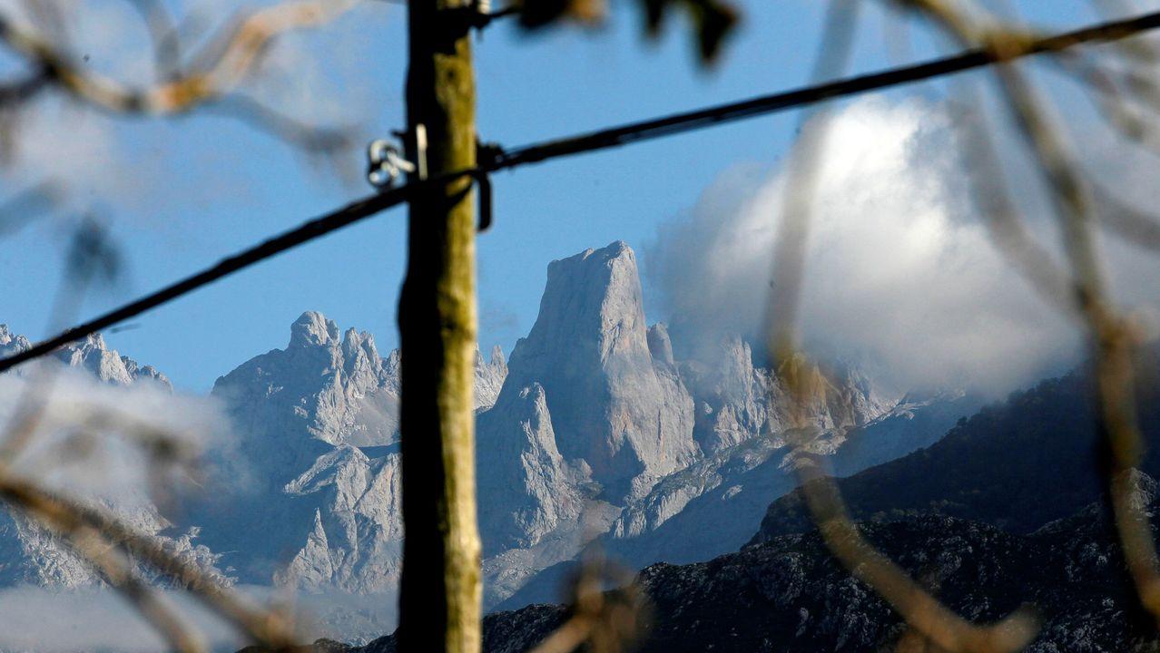 El Urriellu visto desde la localidad de Asiegu (Cabrales)