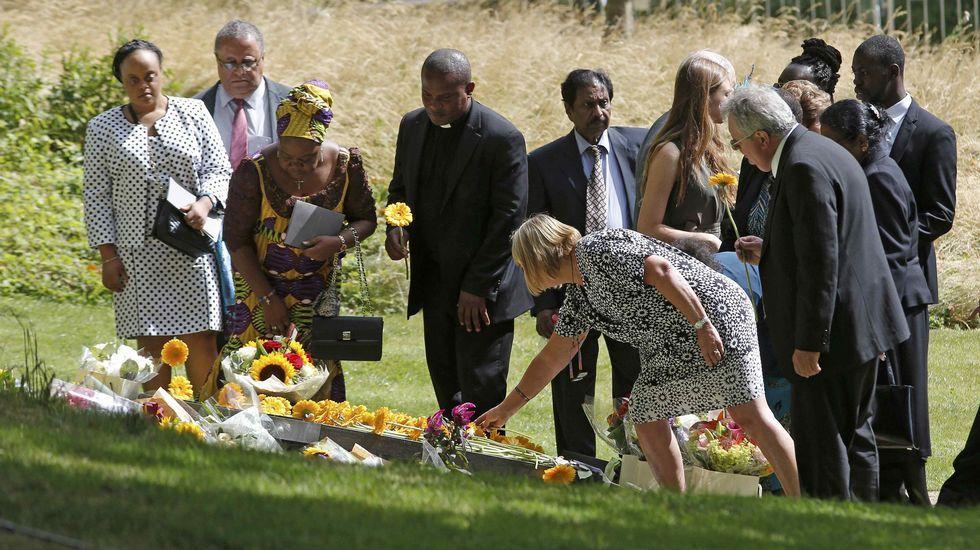 Londres recuerda a las víctimas del atentado de hace diez años.El portero lalinense Xoán Ledo en el Europeo del pasado año disputado en Polonia.