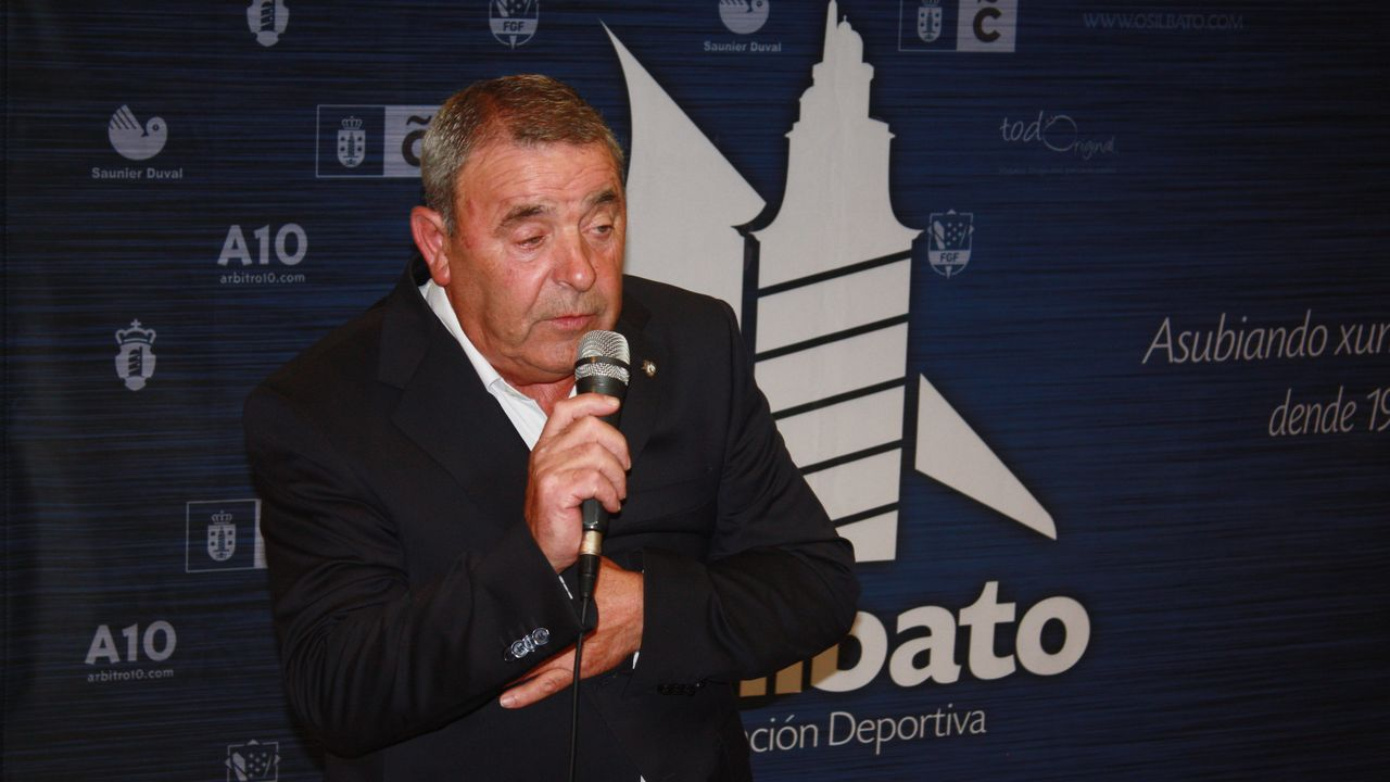 Paco Zas comparece ante la prensa en plena crisis del Deportivo.Cisneros - CRAT