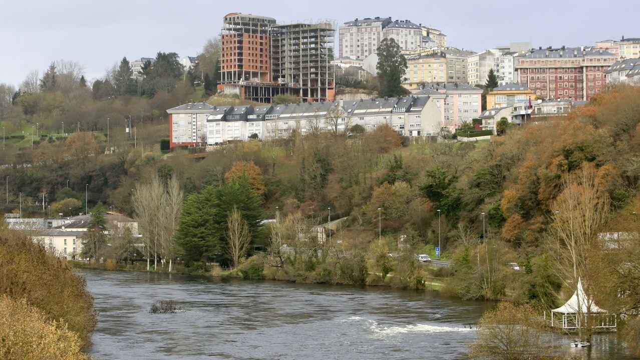 Los presupuestos no recogen partida concreta ni para la playa fluvial ni para el derribo del Garañón