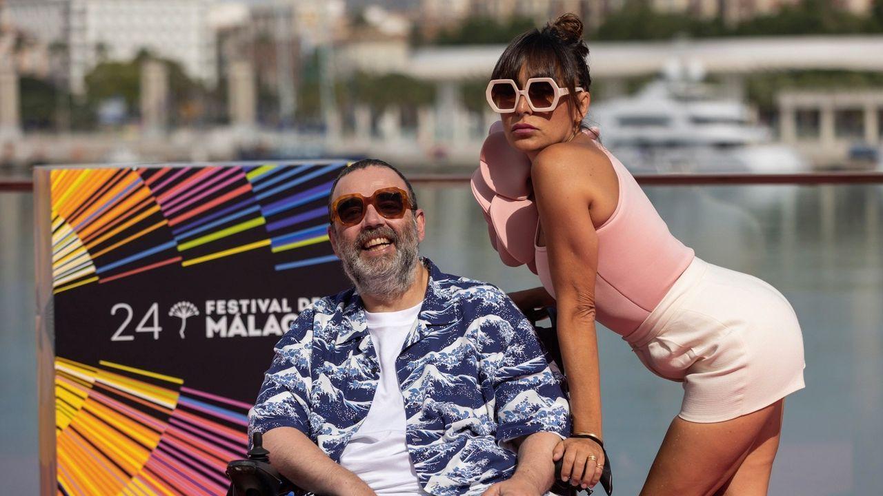 Bob Pop y Candela Peña, en la presentación de la serie en el Festival de Málaga