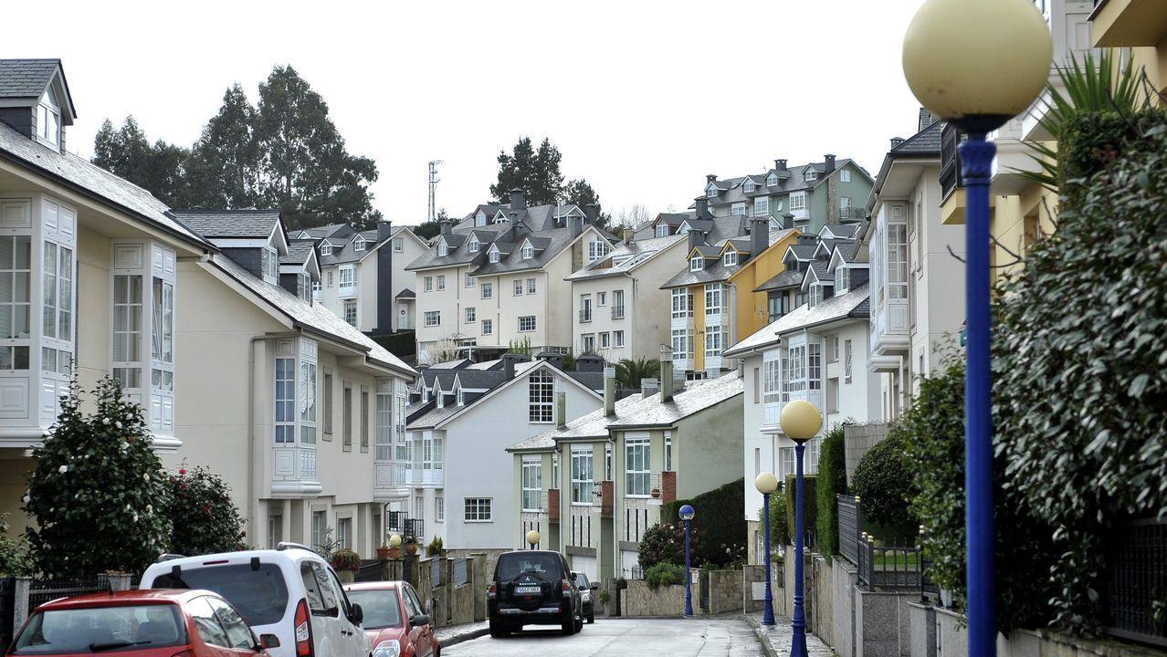 Urbanizacion Montegolf, en A Zapateira