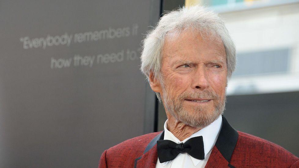 Los estadounidenses vuelven aretar el toque de queda pero sin apenas disturbios.Clint Eastwood