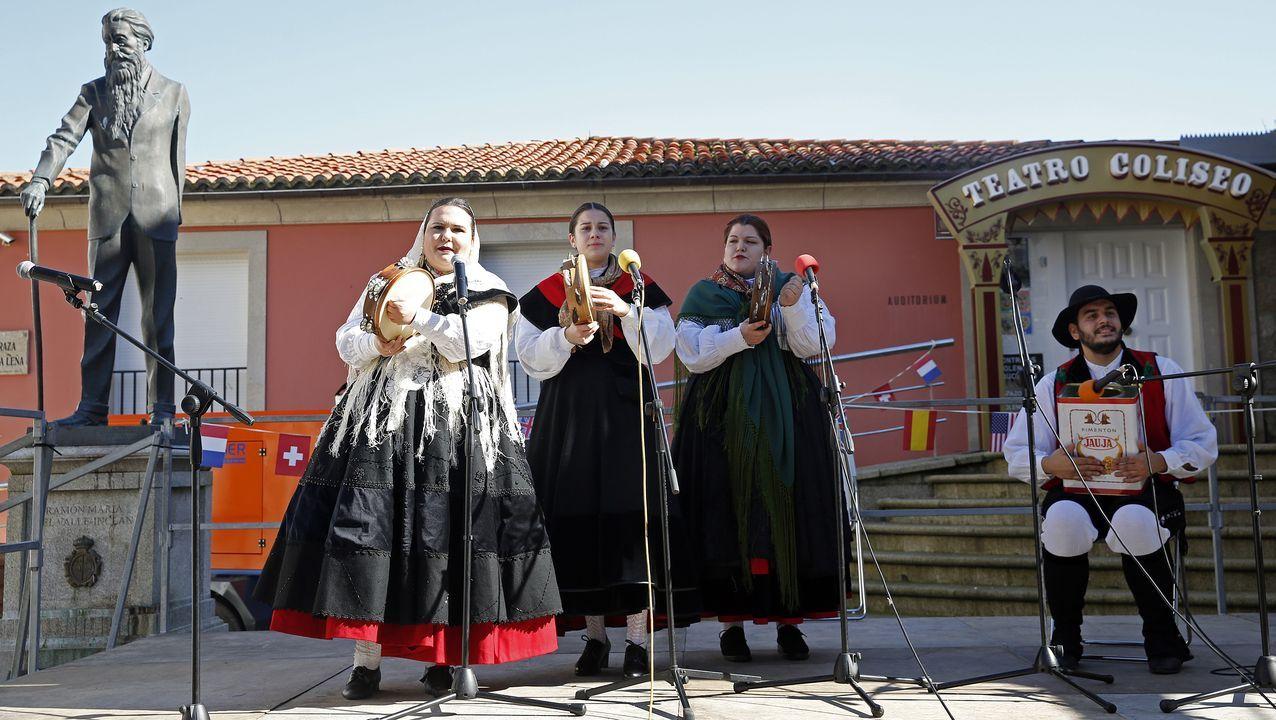 ¡Mira aquí las imágenes de los actos de celebración del Día de Rosalía en A Pobra!.O programa incluiu un concerto de órgano no coro alto con pezas dos poetas do Rexurdimento.