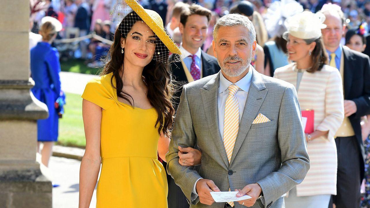 El príncipe Harry y Meghan Markle se dan el «sí quiero».George y Amal Clooney