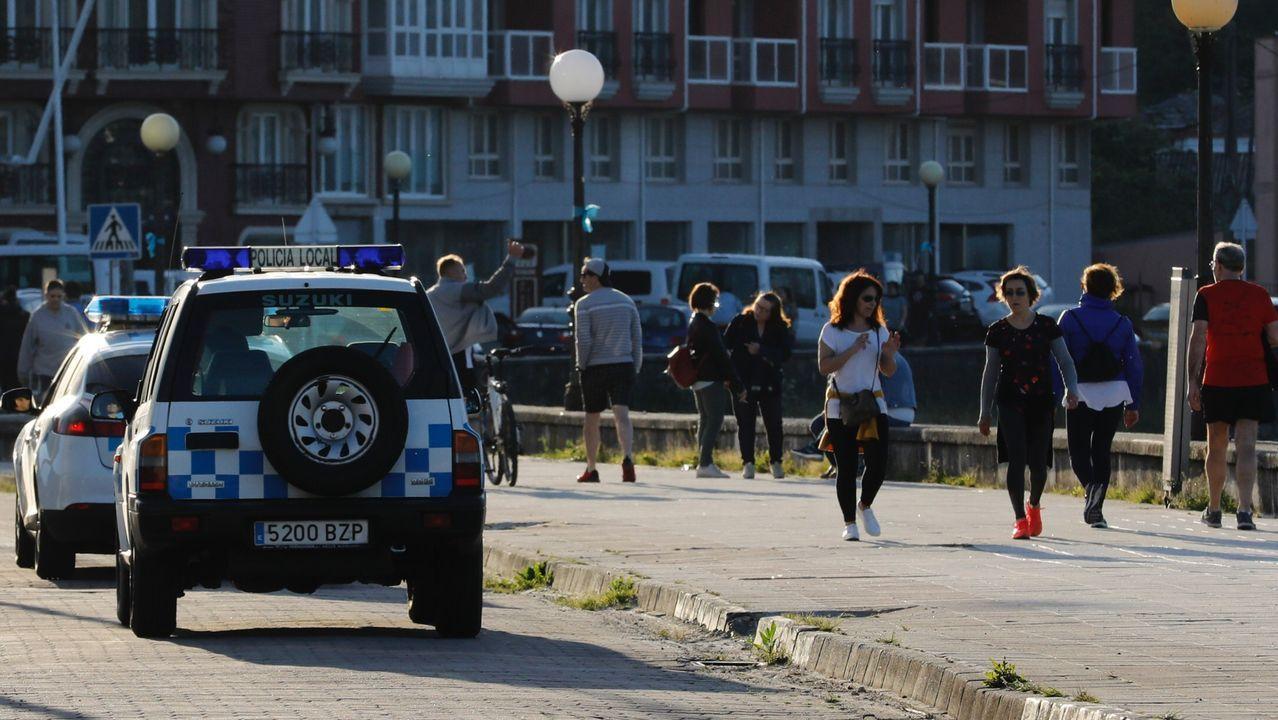 Una céntrica calle en Oviedo este jueves