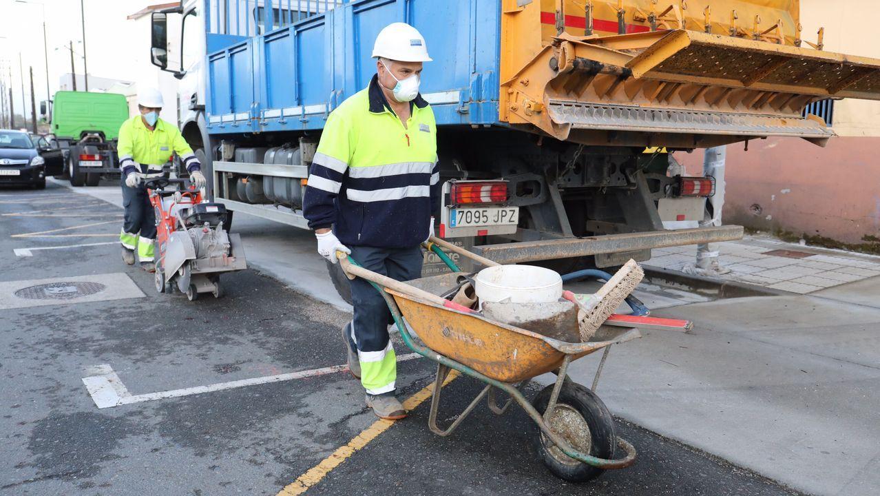 Obreros de vuelta al trabajo en Santiago