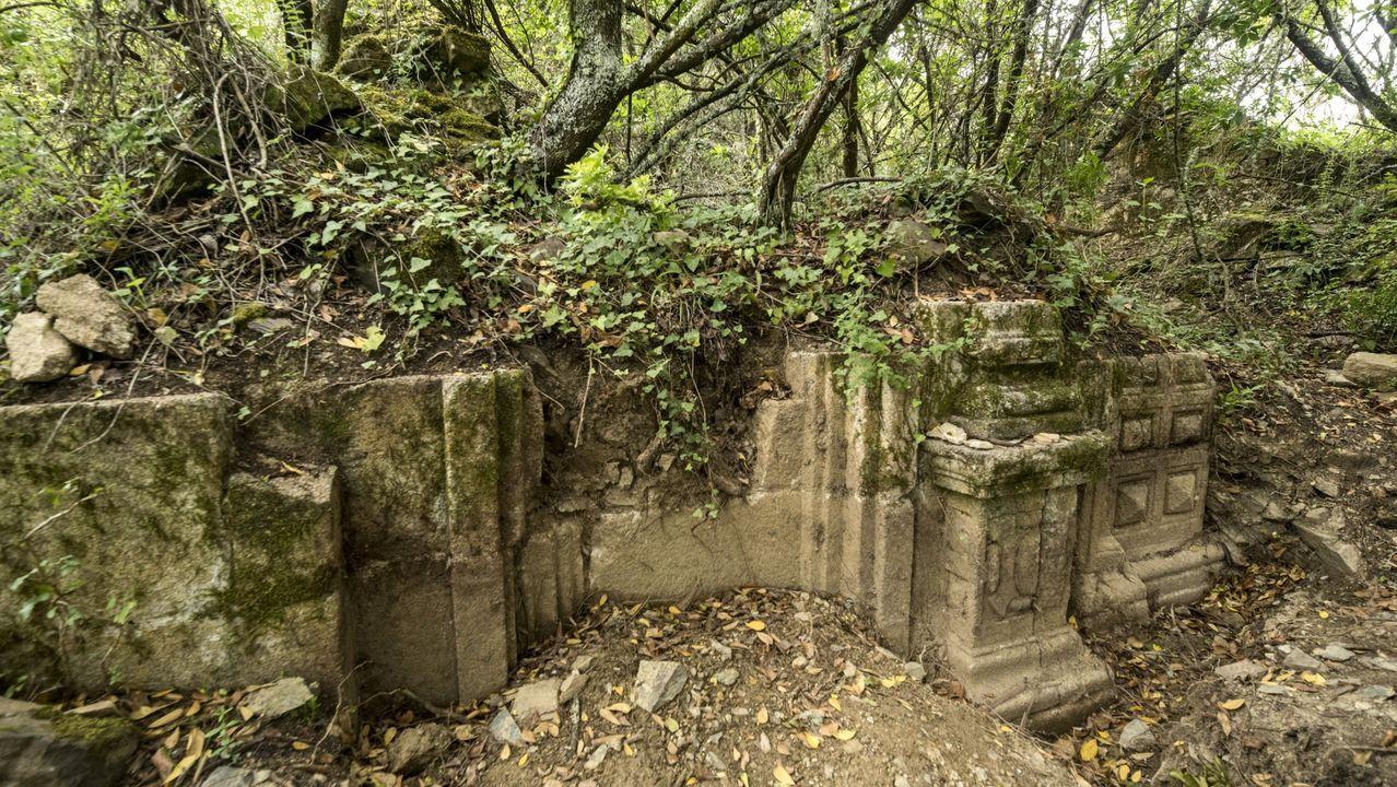 Una visita en imágenes al punto de encuentro de los ríos Cabe y Sil.Las ruinas de la capilla de San Antonio fueron redescubiertas en el 2018, cuando solo unos pocos vecinos de edad avanzada recordaban su existencia