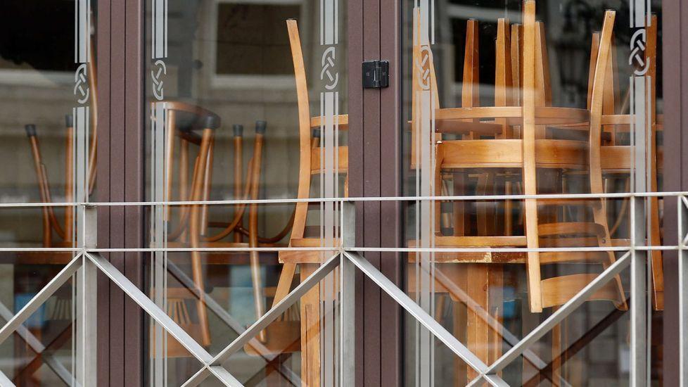 Todas las imágenes del Guijuelo-Deportivo.Un restaurante cerrado en Oviedo