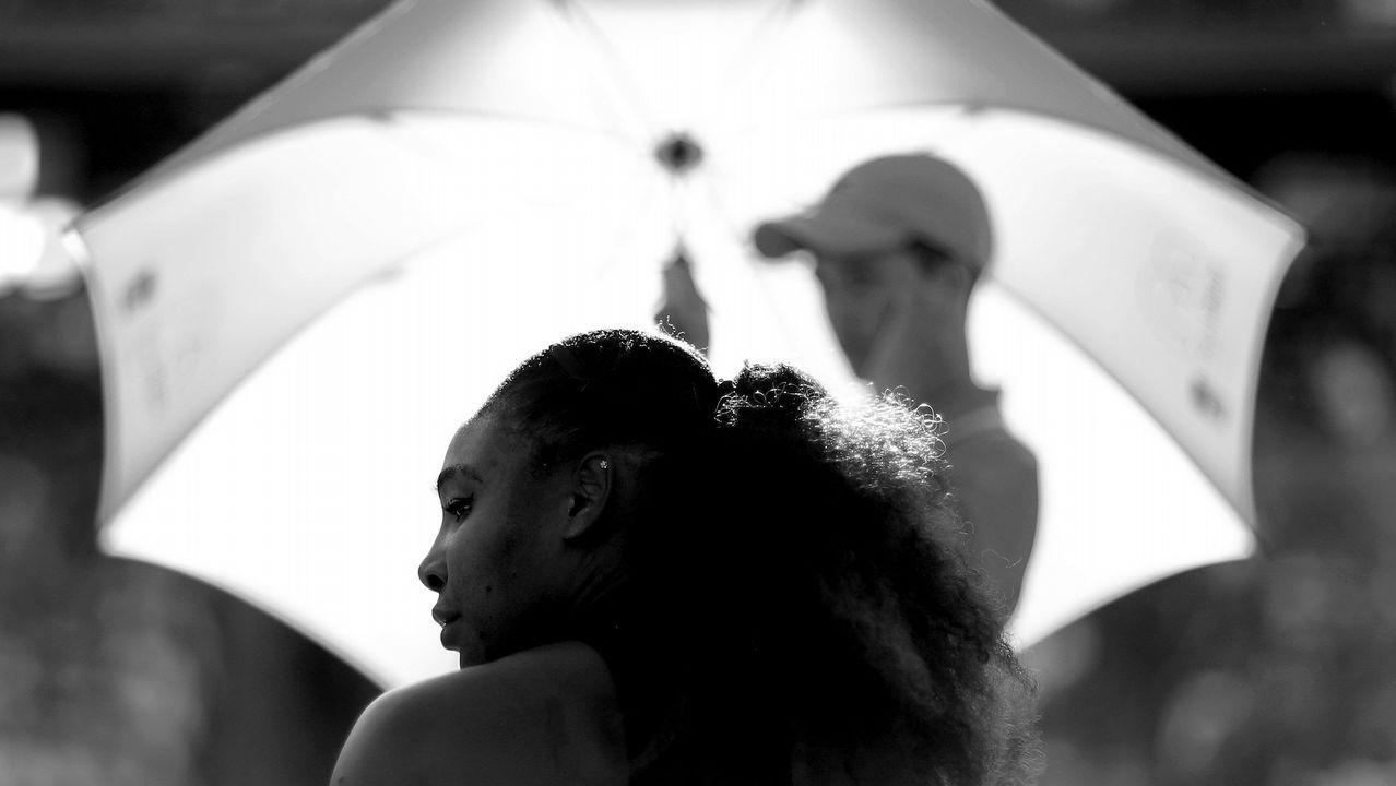 Primera nevada de la temporada en A Fonsagrada.Serena Williams descansa durante su partido en el Miami Open jugado en Crandon Park Tennis