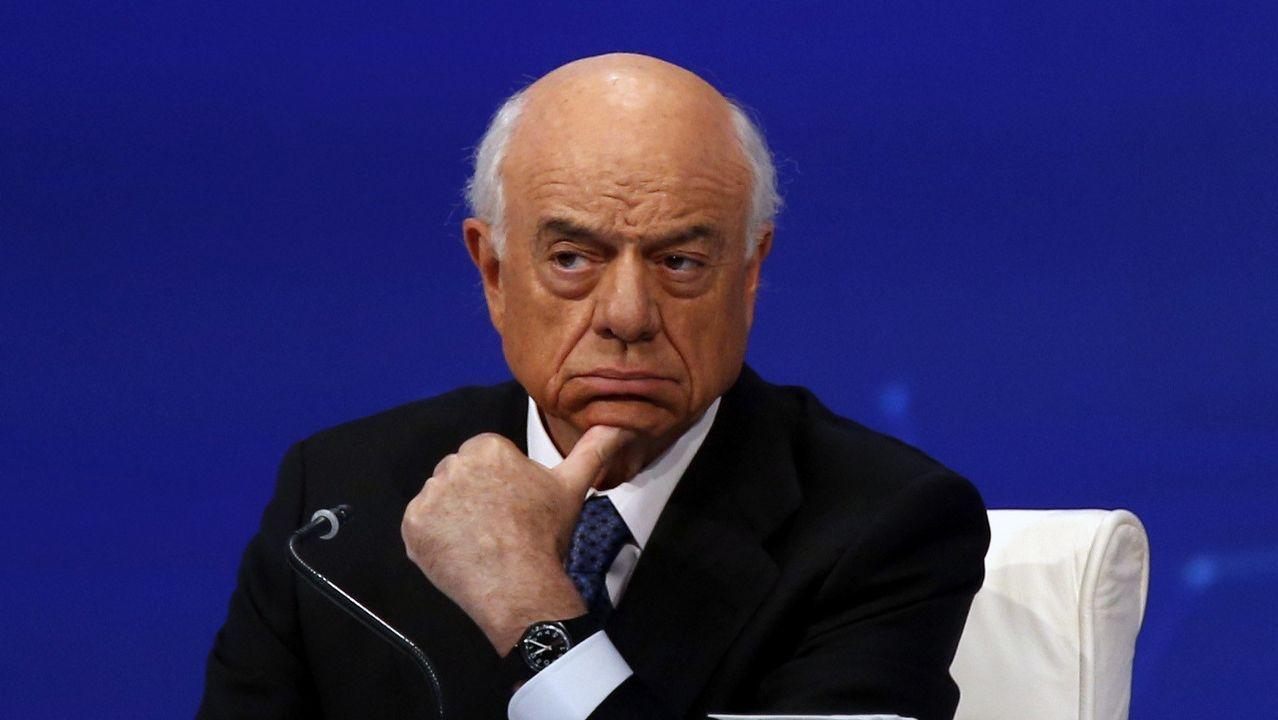 Francisco González: «Carlos es un gran líder».Carlos Torres, presidente del BBVA desde enero, y Onur Genç, que lo sustituirá como consejero delegado del grupo