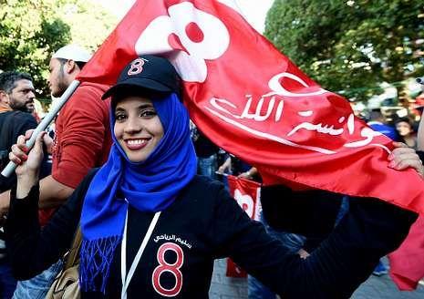 Seguidora del conocido como el Berlusconi tunecino.