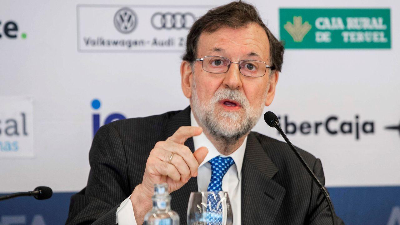 Ábalos arropó al líder de los socialistas gallegos y aspirante a presidir la Xunta, Gonzalo Caballero