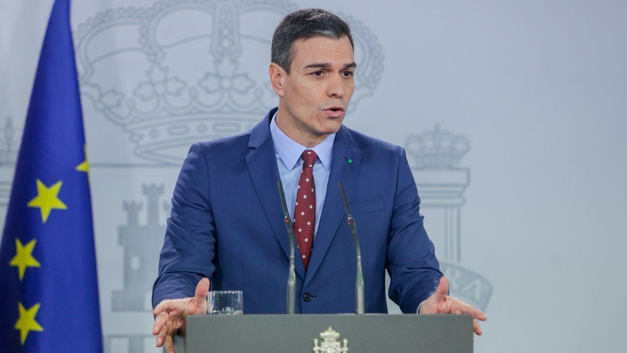 Traperodefiende que los Mossos no tenían efectivos suficientes.Pedro Sánchez, durante su comparecencia en la Moncla para informar de los integrantes del nuevo Gobierno
