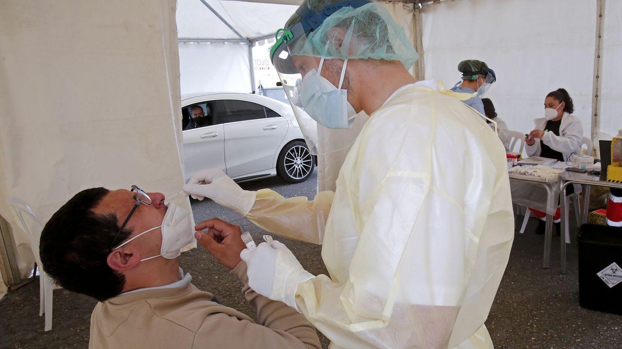 Vacunación contra el covid en el recinto ferial de Pontevedra para el grupo de edad de 60 a 65 años