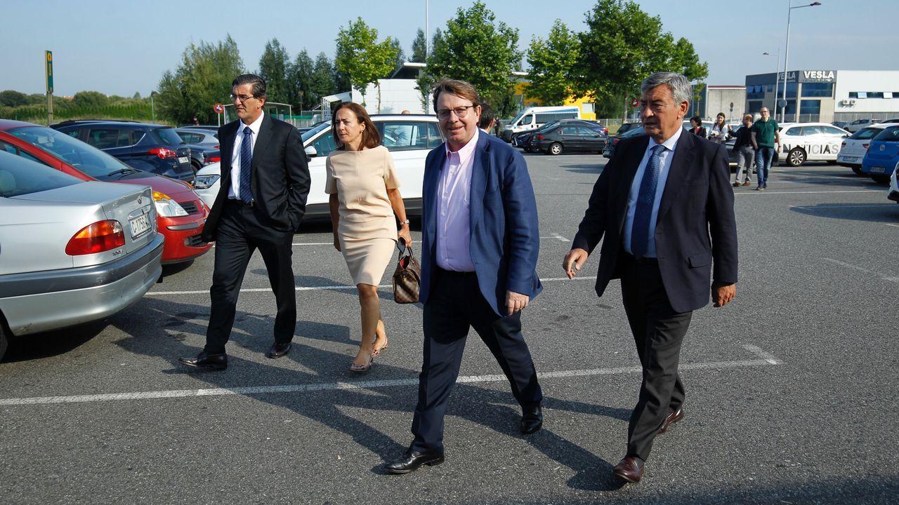 Ana Pastor, a su llegada al funeral de Albor